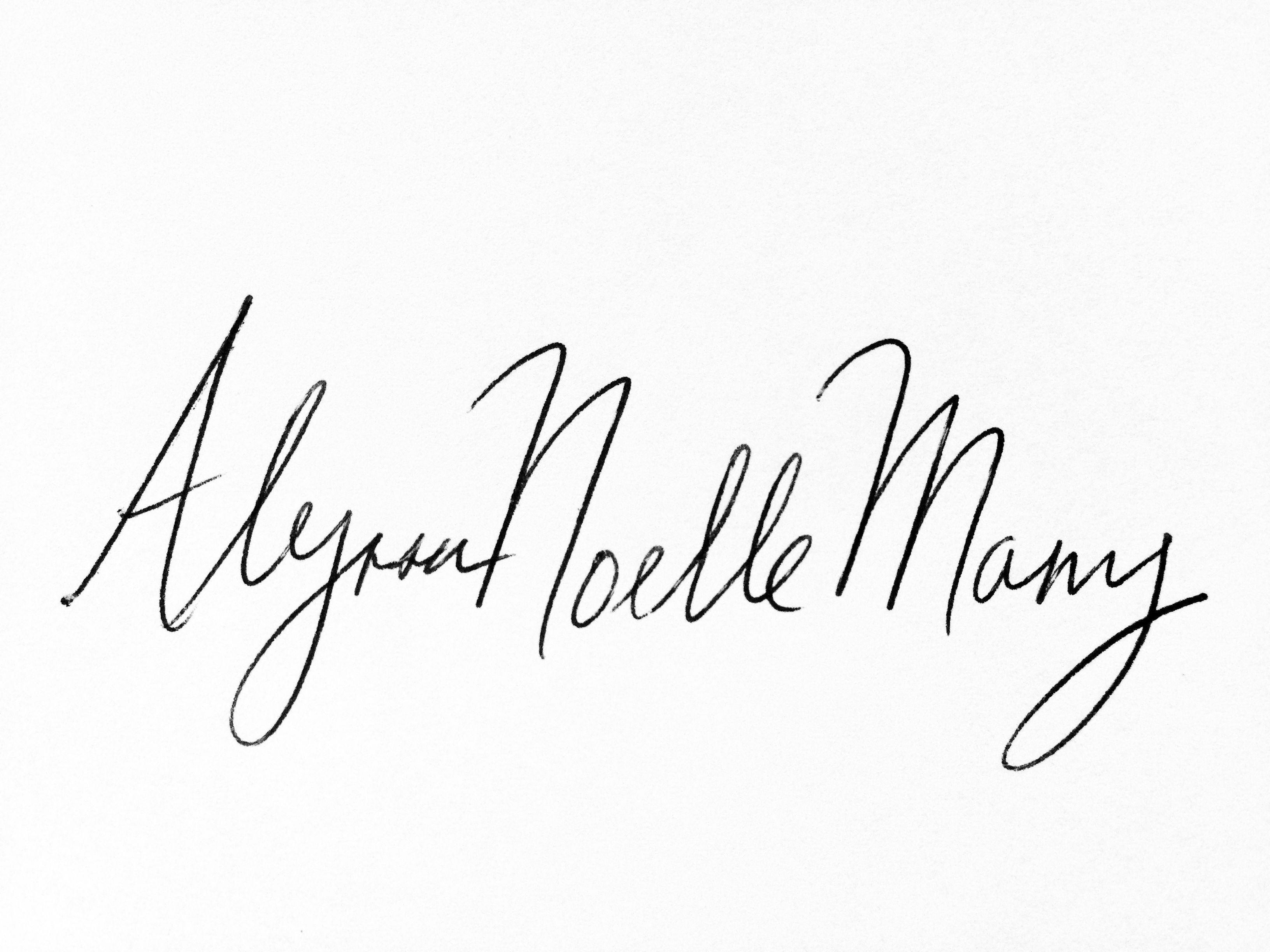 Alyssa  Noelle Many's Signature