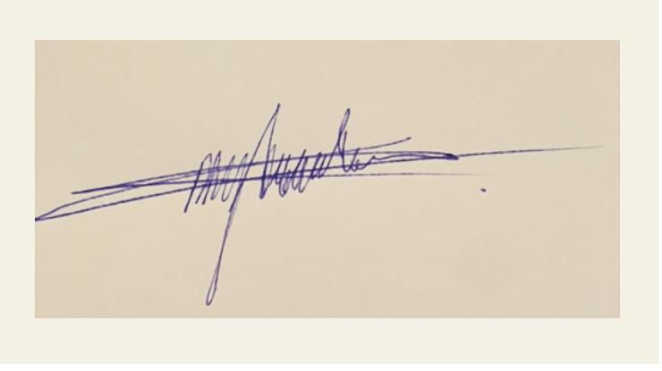 Charissa Dragtenstein's Signature