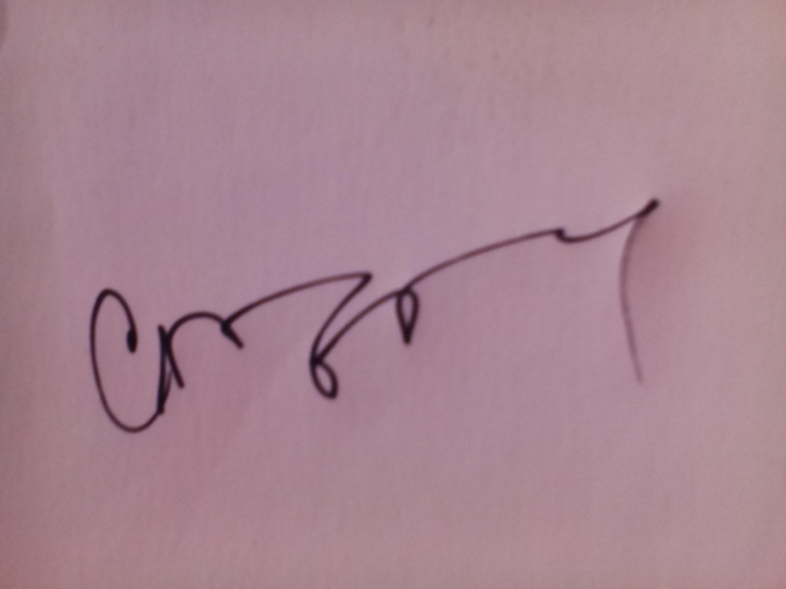 crina iancau's Signature