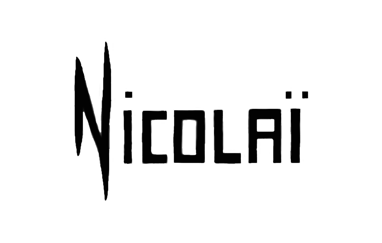 ELLE NICOLAI's Signature