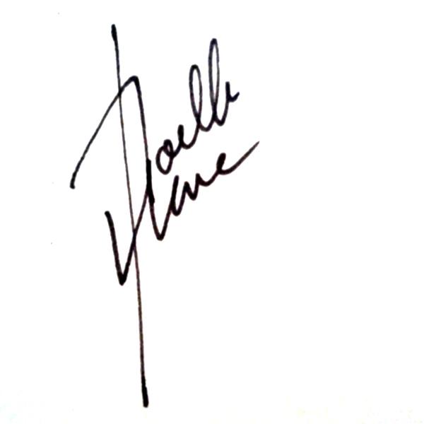 Noelle Llave's Signature