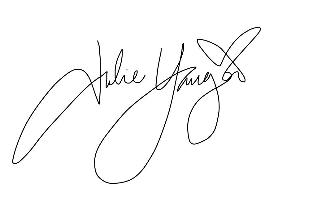 Julie  Yauger's Signature