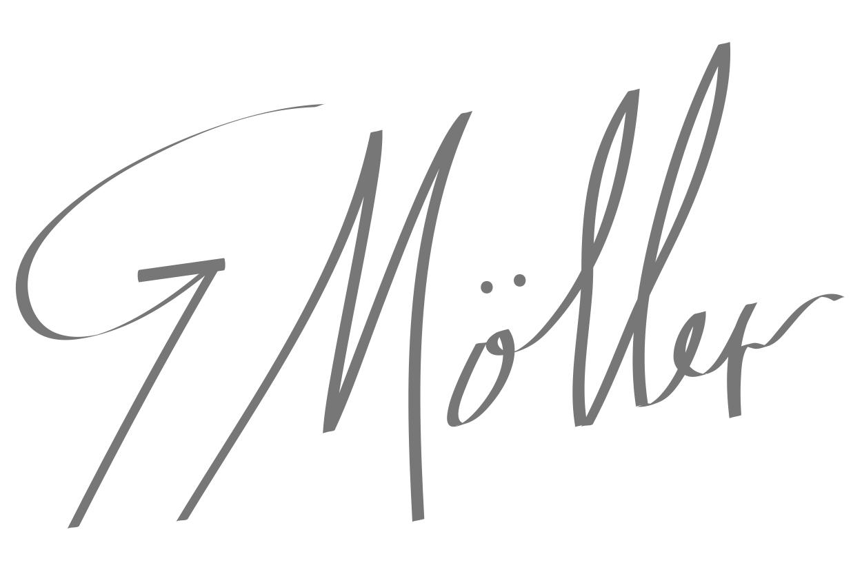Gustavo  Moller's Signature