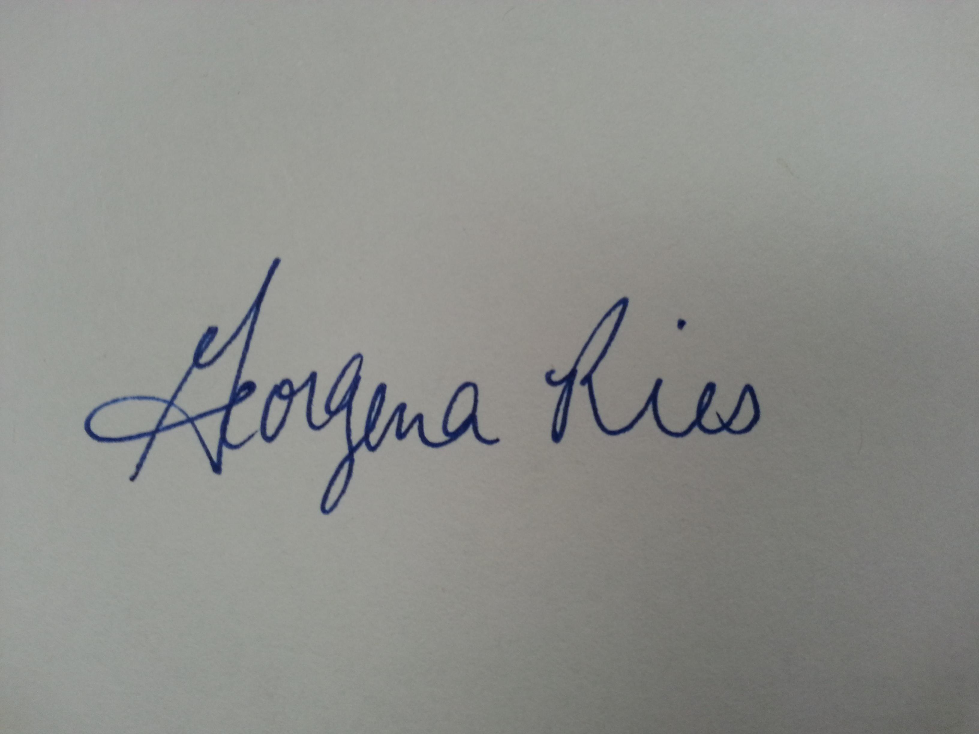 Gena Ries's Signature