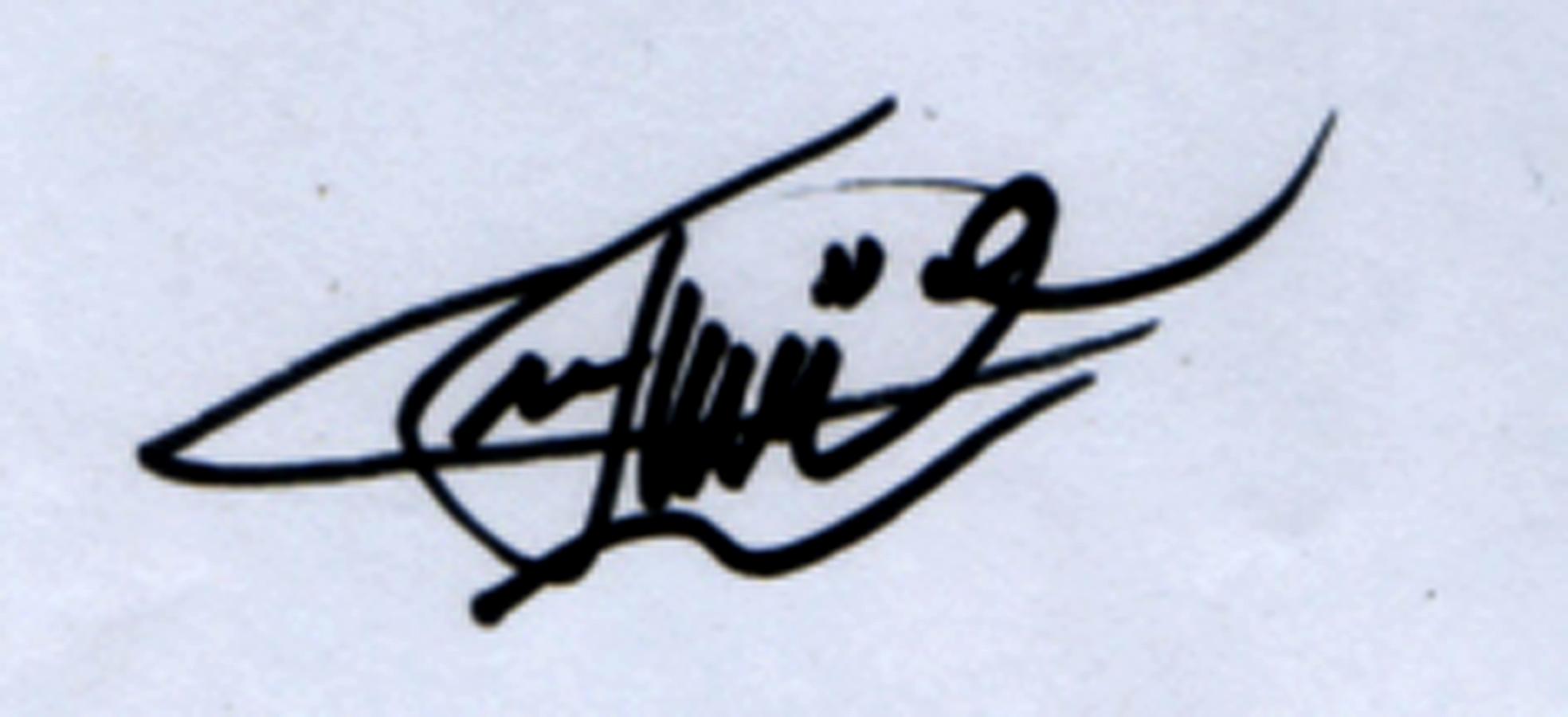meitika lantiva's Signature