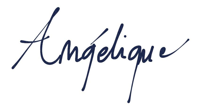 Angélique Dauvilliers's Signature