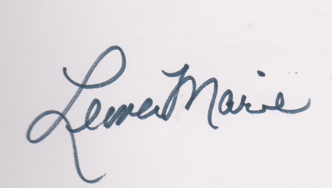 Leona Marie's Signature