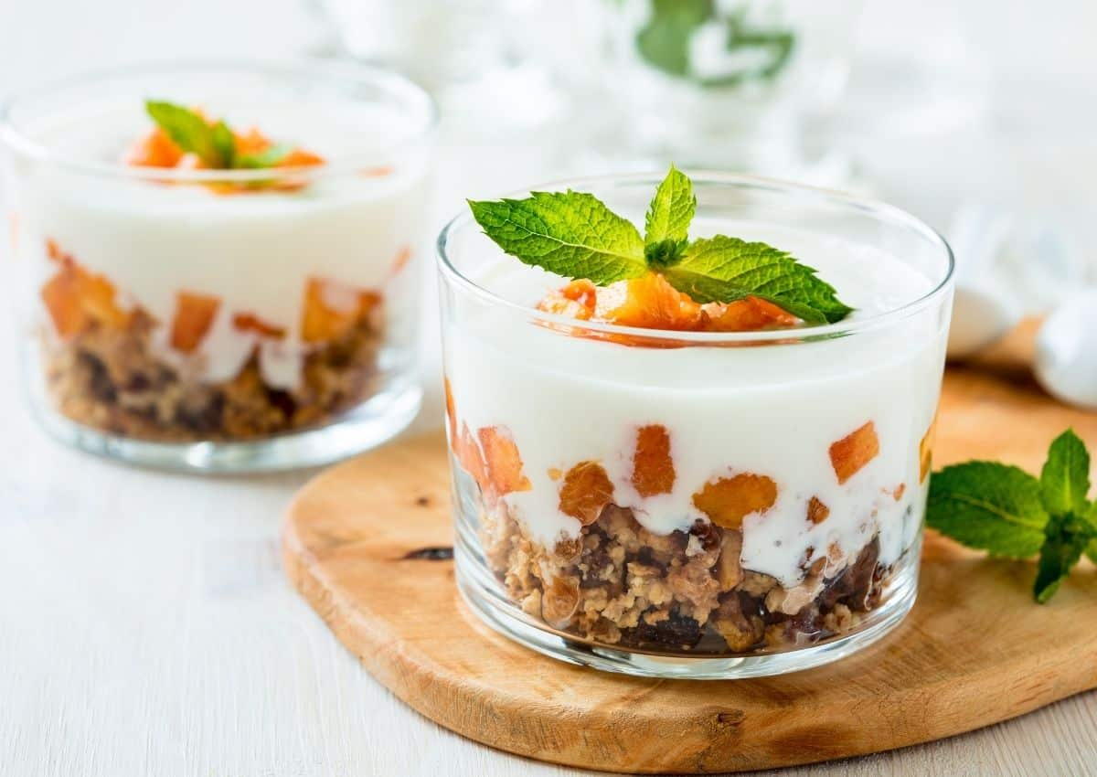 How To Make The Perfect… Peach Trifle