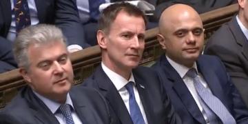 Jeremy Hunt PMQs Health Secretary shifts uneasily