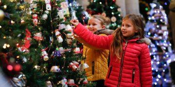 Christmas Tree Festival (c) SWNS
