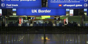 Britain/EU immigration (c) Jim Larrison (CC BY 2.0)