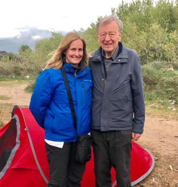 Clare Moseley with Lord Dubs in Calais (c) Care 4 Calais