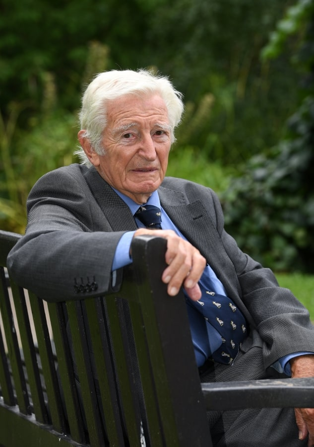 Doctor Who Began Working As Nhs Surgeon In Month Of Its Inception Continues To Work Five Days A Week 71 Years Later