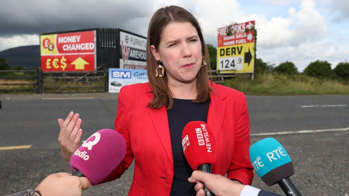 Jo Swinson visits Irish border