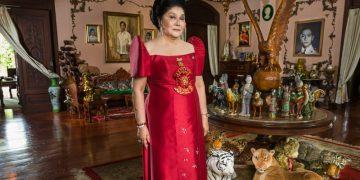 Imelda Marcos in KINGMAKER. Photo Credit: Lauren Greenfield.