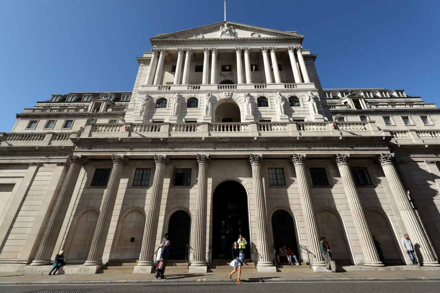 BoE's Bailey warns bank chiefs on Brexit