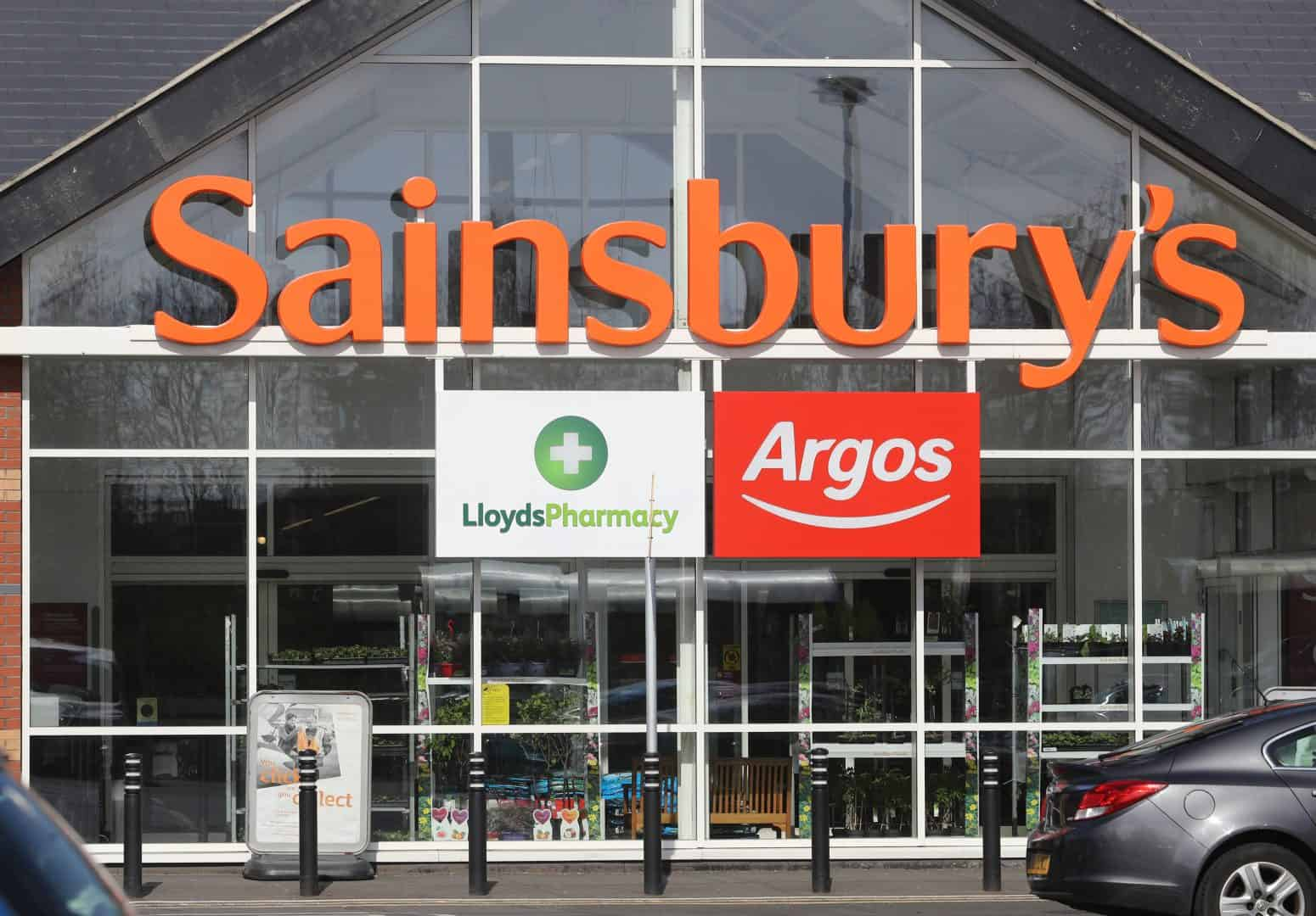 What food is being rationed by supermarkets? Sainsbury's, Tesco and more change rules amid coronavirus outbreak
