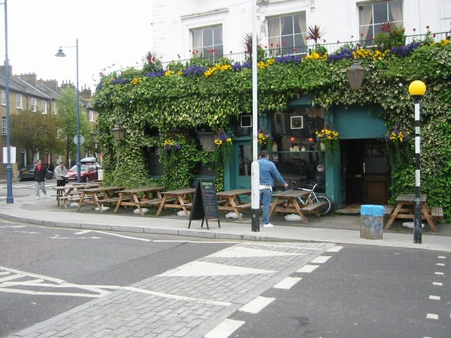 Best pubs in North London Hemingford Arms | Photo © Oast House Archive (cc-by-sa/2.0)