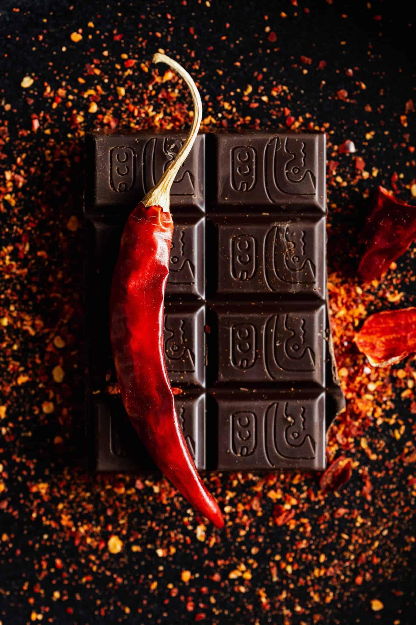 unusual food pairings Chilli chocolate | Photo by Karolina Grabowska from Pexels