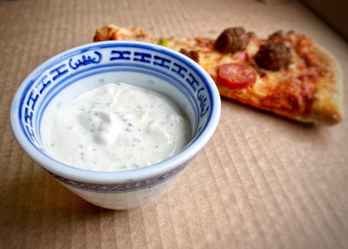 Domino's Garlic and Herb Dip Recipe | Photo: Jonathan Hatchman