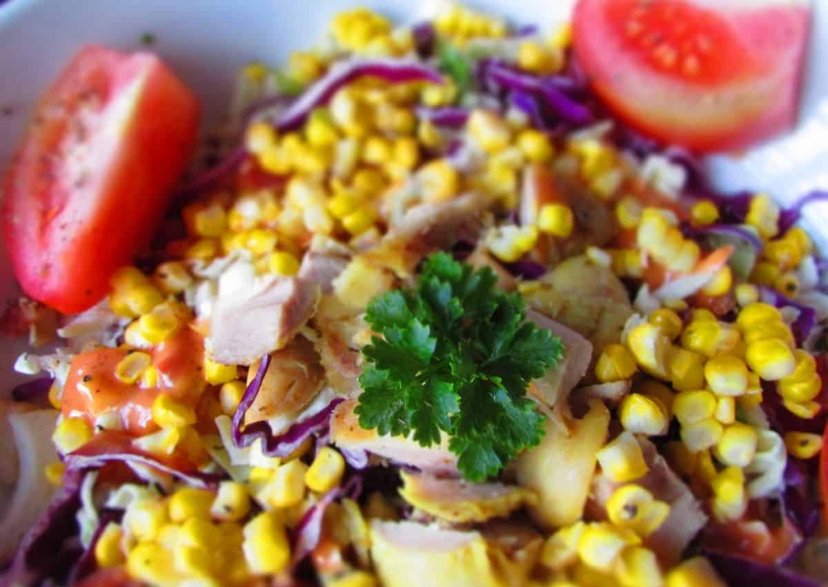 How To Make: Grilled Sweetcorn Salad