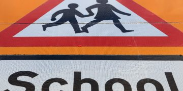 A general view of a school safety zone sign.