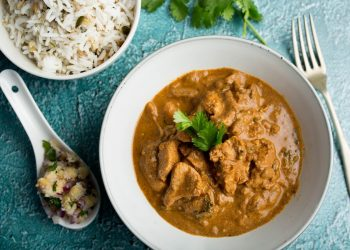 How To Make: Chicken tikka masala with seeded basmati & red onion salsa