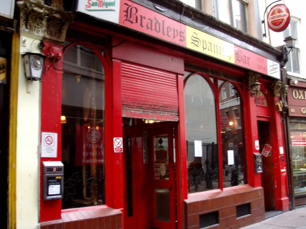 Bradley's Spanish Bar, best pubs in central London | Photo: Ewan Munro / Flickr