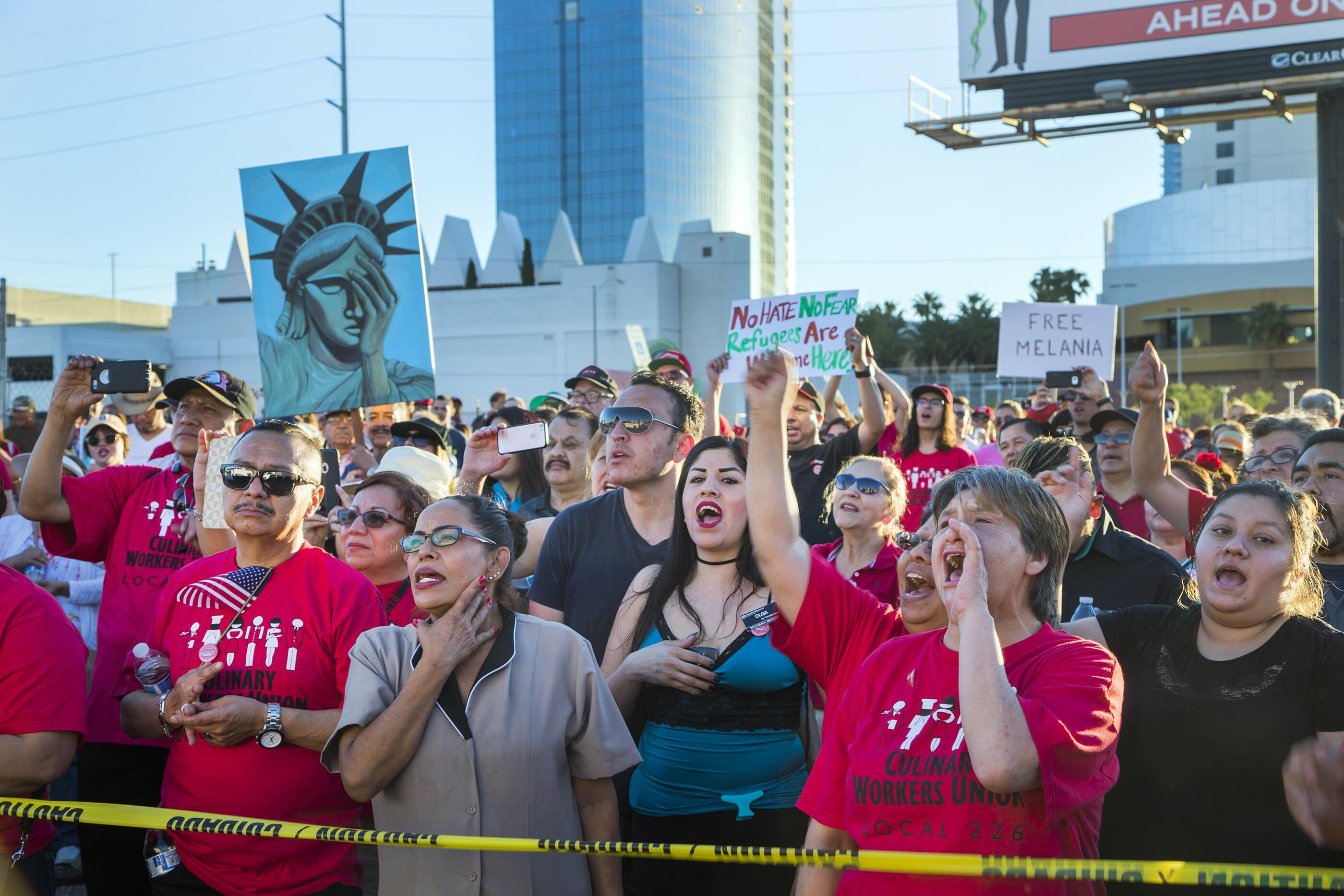 Union members rally on the Las Vegas Strip