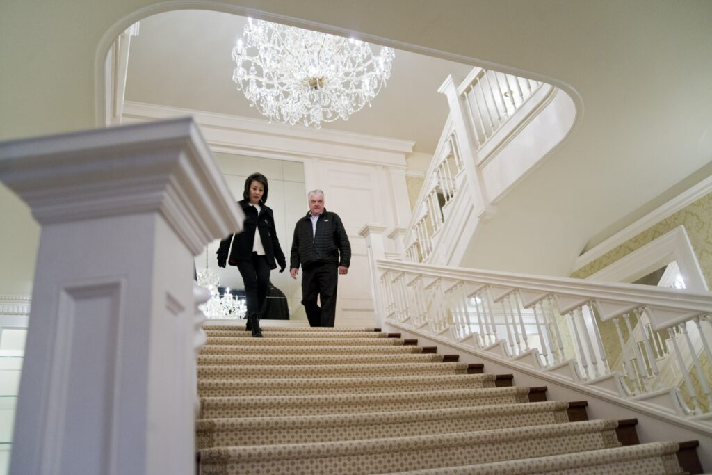 Governor-elect Steve Sisolak and his wife, Kathy, tour the Governor's Mansion in Carson City