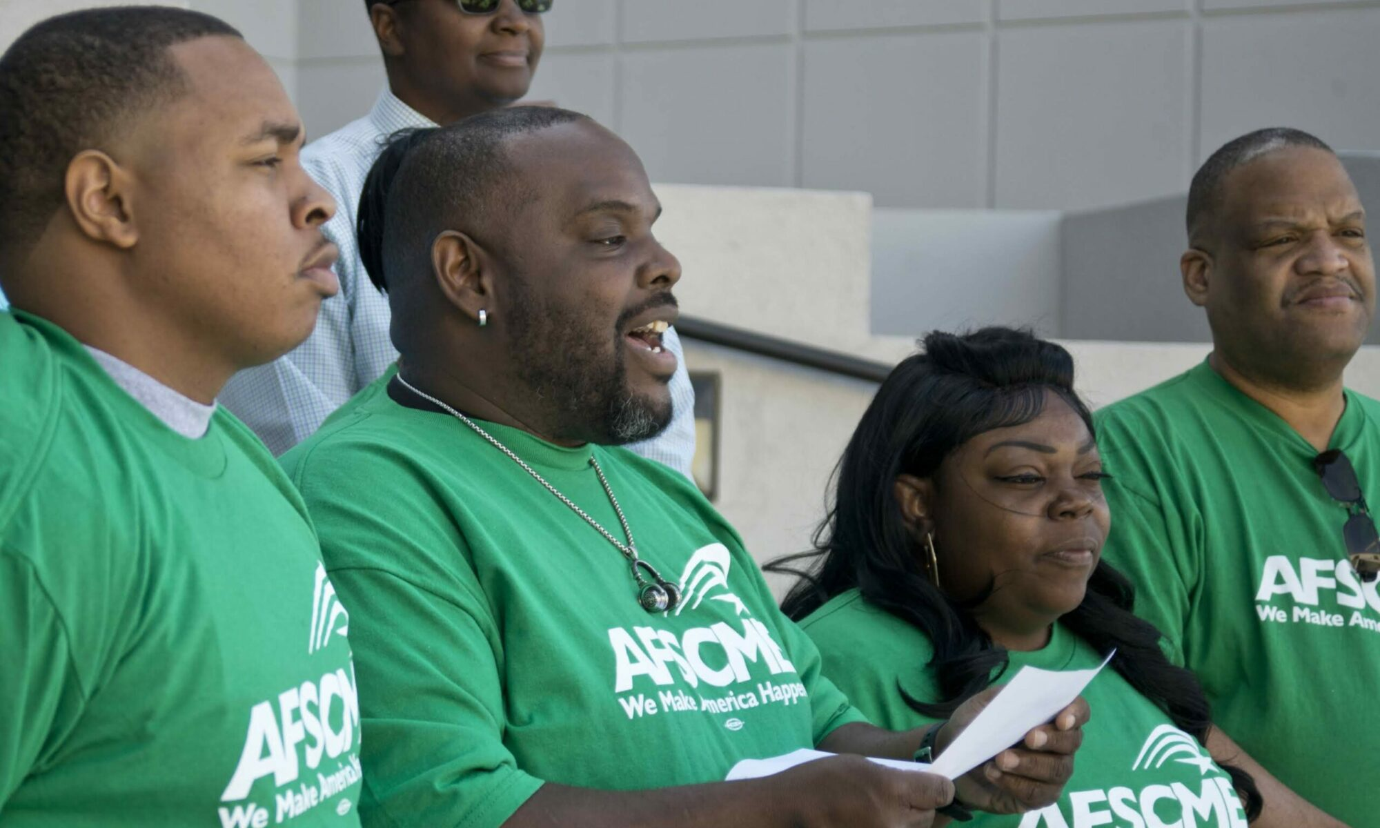 AFSCME workers prepare to unionize