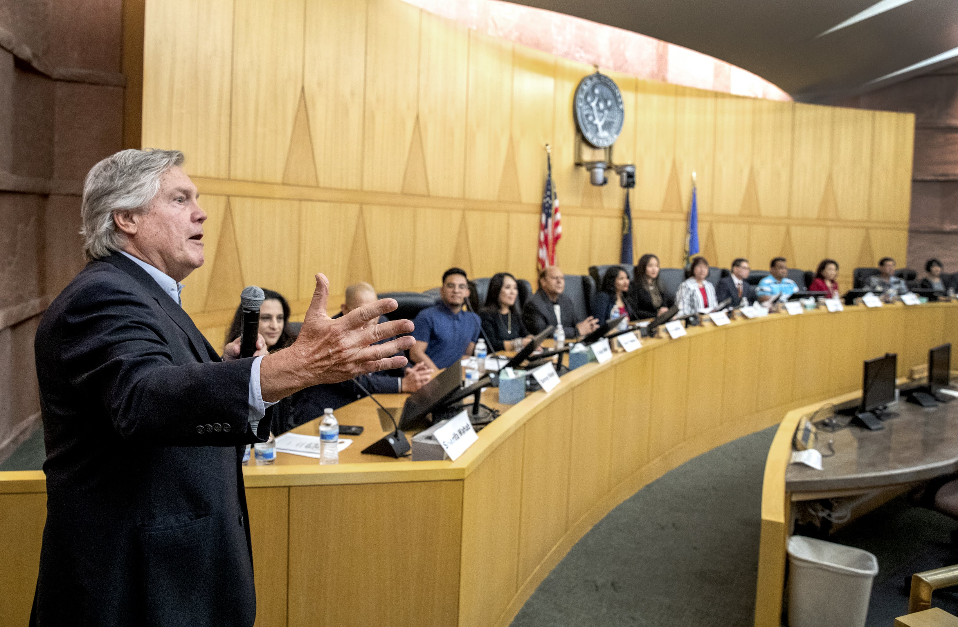 Clark County Commissioner Tick Segerblom speaks during the Asian-American Pacific Islanders Community Commission inaugural meeting at the Commission Chambers of the Clark County Government Center