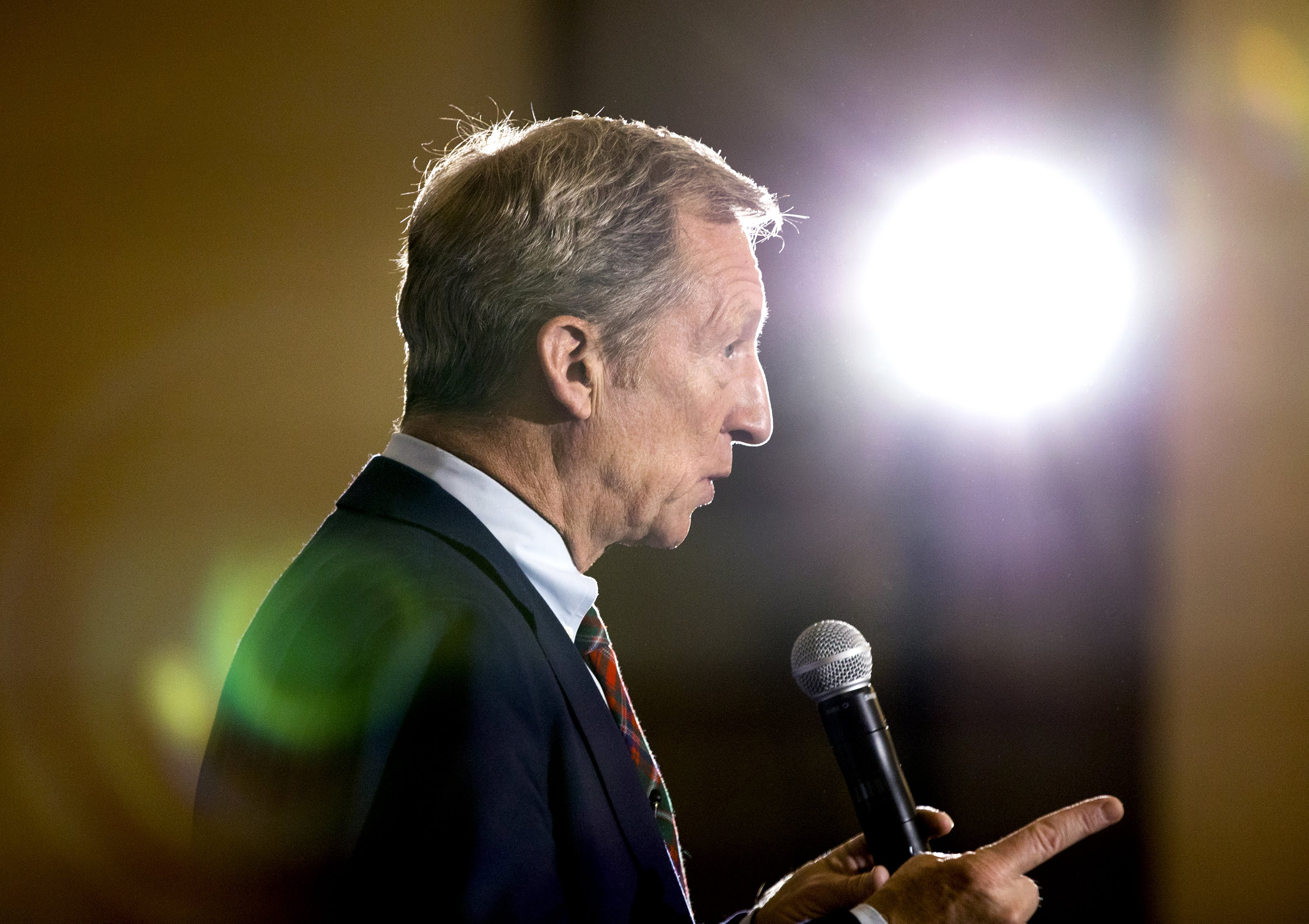 Tom Steyer speaks at a town hall