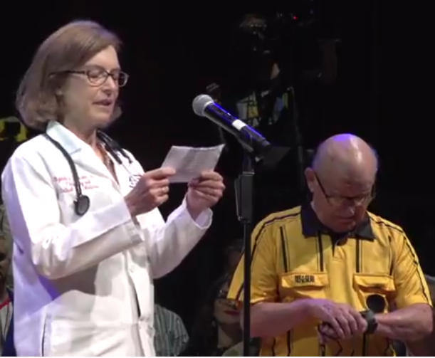 Elizabeth Henski and referee John Barrett at Ig Nobel awards