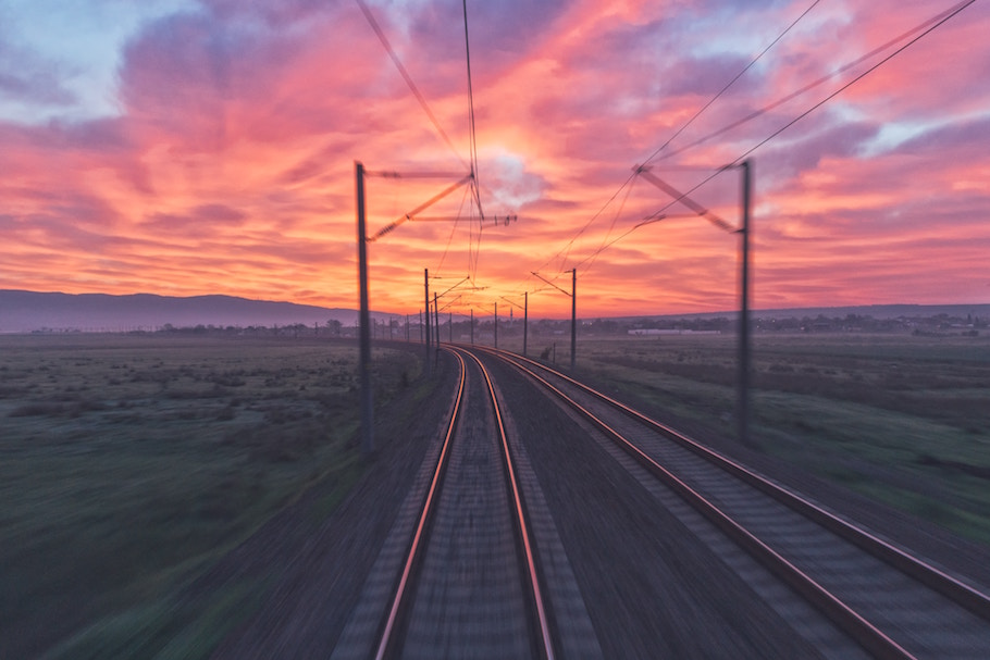 China Railway's Private Cloud Infrastructure Provides a Roadbed for Business Growth