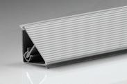 Алюминиевый уплотнительный плинтус