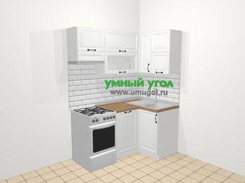 Угловая кухня из массива дерева в скандинавском стиле 5,0 м², 160 на 100 см, Белые оттенки, верхние модули 72 см, посудомоечная машина, отдельно стоящая плита