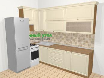 Угловая кухня из массива дерева в стиле кантри 7,2 м², 170 на 270 см, Бежевые оттенки, верхние модули 92 см, холодильник, отдельно стоящая плита