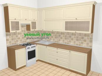 Угловая кухня из массива дерева в стиле кантри 7,2 м², 170 на 270 см, Бежевые оттенки, верхние модули 92 см, отдельно стоящая плита