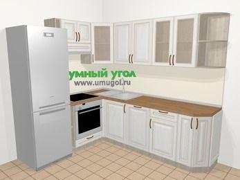 Угловая кухня МДФ патина в классическом стиле 6,6 м², 190 на 240 см, Лиственница белая, верхние модули 72 см, посудомоечная машина, встроенный духовой шкаф, холодильник