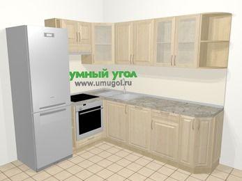 Угловая кухня из массива дерева в классическом стиле 6,6 м², 190 на 240 см, Светло-коричневые оттенки, верхние модули 72 см, посудомоечная машина, встроенный духовой шкаф, холодильник