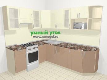 Угловая кухня МДФ глянец в современном стиле 6,6 м², 190 на 240 см, Жасмин / Капучино, верхние модули 72 см, модуль под свч, отдельно стоящая плита
