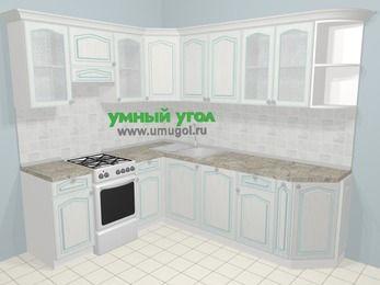 Угловая кухня МДФ патина в стиле прованс 6,6 м², 190 на 240 см, Лиственница белая, верхние модули 72 см, посудомоечная машина, отдельно стоящая плита