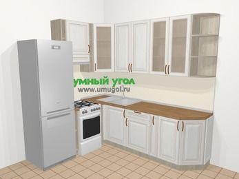 Угловая кухня МДФ патина в классическом стиле 6,6 м², 190 на 240 см, Лиственница белая, верхние модули 92 см, холодильник, отдельно стоящая плита