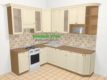 Угловая кухня из массива дерева в стиле кантри 6,6 м², 190 на 240 см, Бежевые оттенки, верхние модули 92 см, посудомоечная машина, модуль под свч, отдельно стоящая плита