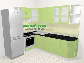 Угловая кухня МДФ металлик в современном стиле 6,8 м², 190 на 250 см, Салатовый металлик, верхние модули 72 см, посудомоечная машина, встроенный духовой шкаф, холодильник