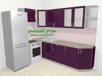 Угловая кухня МДФ глянец в современном стиле 6,8 м², 190 на 250 см, Баклажан, верхние модули 72 см, холодильник, отдельно стоящая плита