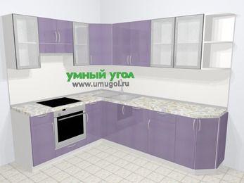 Кухни пластиковые угловые в современном стиле 6,8 м², 190 на 250 см, Сиреневый глянец, верхние модули 72 см, посудомоечная машина, встроенный духовой шкаф