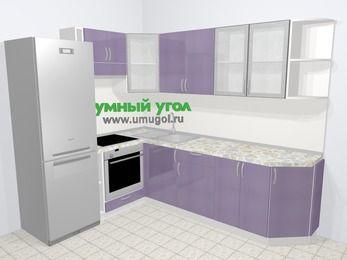 Кухни пластиковые угловые в современном стиле 6,8 м², 190 на 250 см, Сиреневый глянец, верхние модули 72 см, встроенный духовой шкаф, холодильник