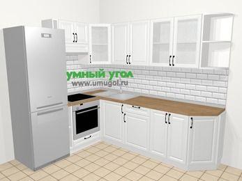 Угловая кухня из массива дерева в скандинавском стиле 6,8 м², 190 на 250 см, Белые оттенки, верхние модули 72 см, встроенный духовой шкаф, холодильник